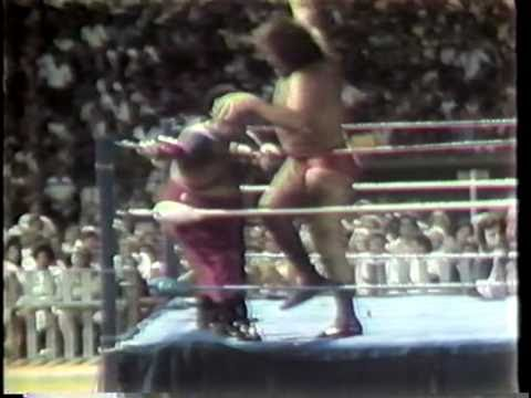 WWC: Abdullah The Butcher vs. Andre The Giant (1983)