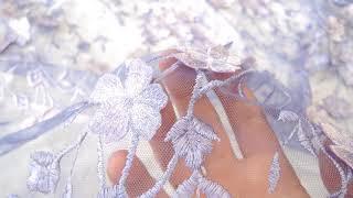 Идеальное кружево для вечернего платья сиреневое цветы с 3D эффектом Италия