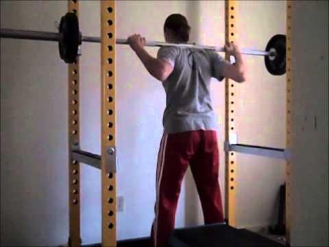 30 Rep Squats - Lift Like a Girl!