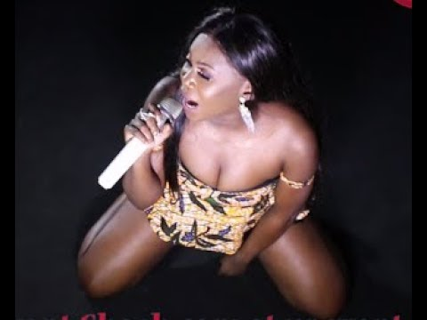 Niniola Dazzles Fans With Her hit song Maradona, Shaba & Soke + In Dance battle with Emma OhMyGod