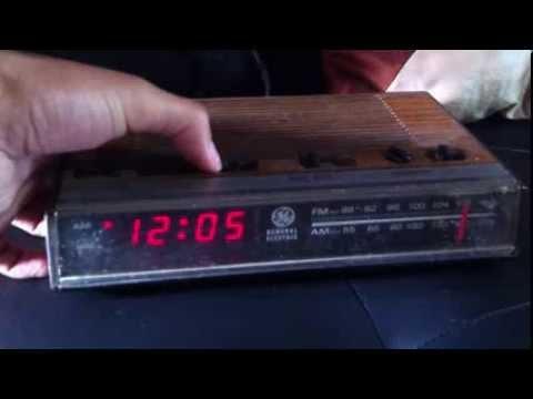 Radio antigua General Electric 7-4624
