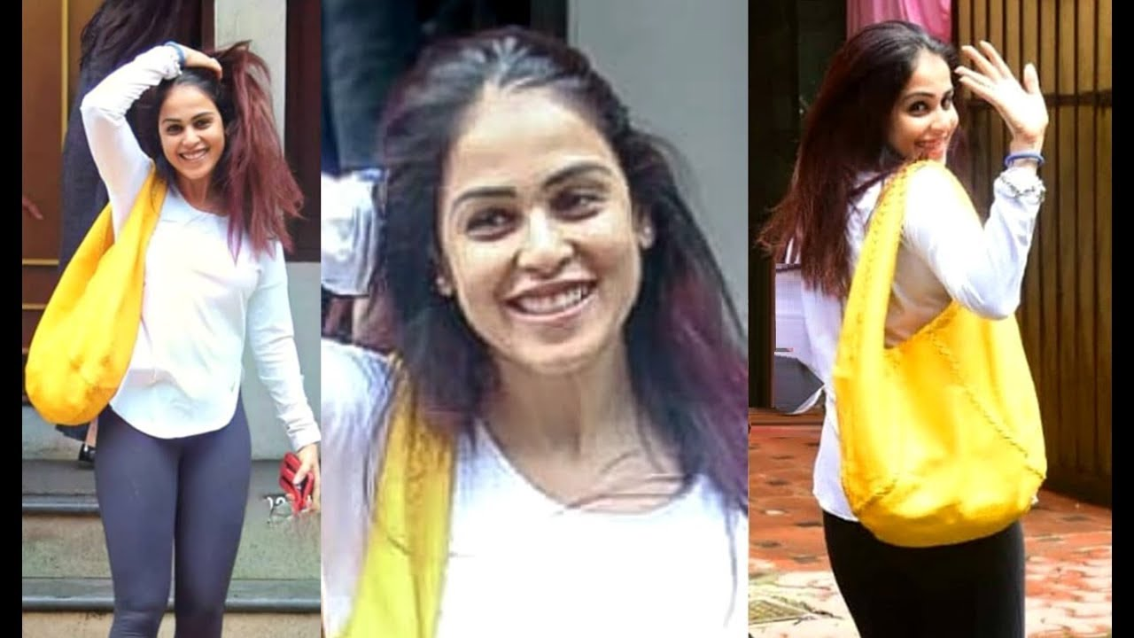 Genelia D Souza Looking Cute Without