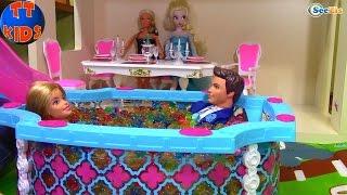 Бассейн с Орбиз Кукла Барби и Кукла Штеффи - Вечеринка в Доме Барби Видео для детей ORBEEZ Party