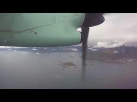 Widerøe landing in Leknes