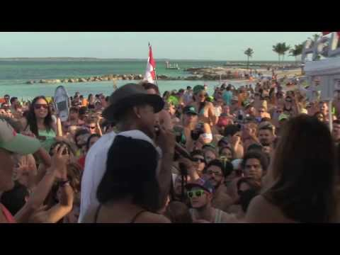 PHARRELL WILLIAMS  LOSE YOURSELF TO DAFT   @ HOLY SHIP 2014  DAY 3