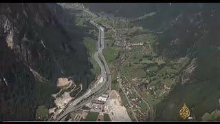سويسرا تفتتح أطول نفق في العالم بعد 70 عاما من التنفيذ (فيديو وصور)