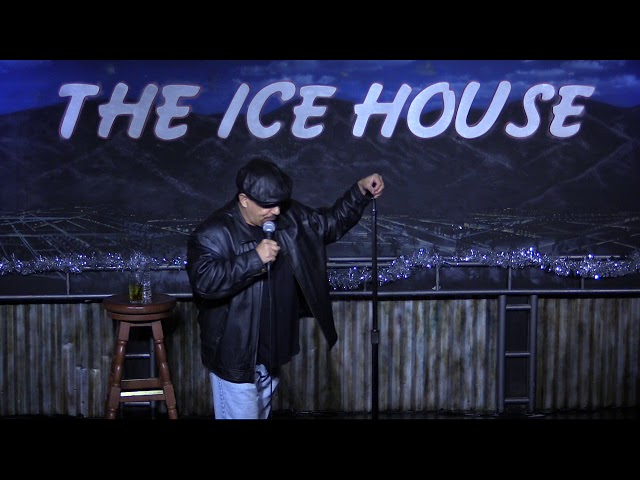 Mike Muratore @ Ice House 12 16 17