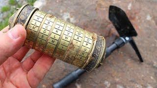 Mit einem Metalldetektor eine Mysteriöse Cryptex Rolle gefunden - Schatzsuche