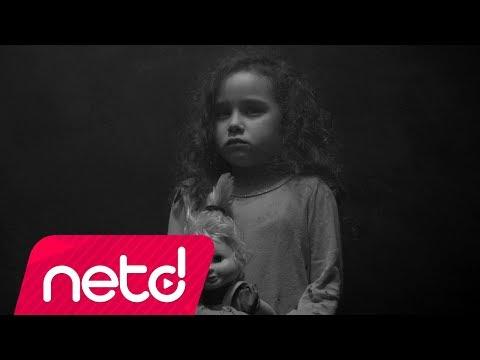 Oğuz Gülen - Bir Mülteci Çocuk