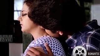 ടീച്ചറുമ്മാരോട് തോന്നുന്ന പ്രണയം പ്രശ്നമാണ്  | She has a tomb of frustrations | Malayalam Movie