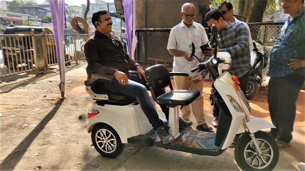India's first Three Wheel Electric Scooter at BEST PRICE*