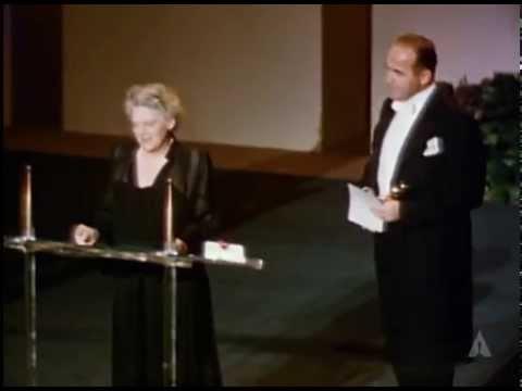 Judy Holliday Wins Best Actress: 1951 Oscars