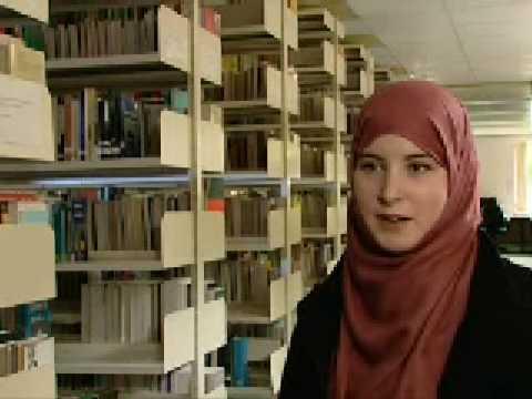 Wanita Mualaf Muslimah Inggris
