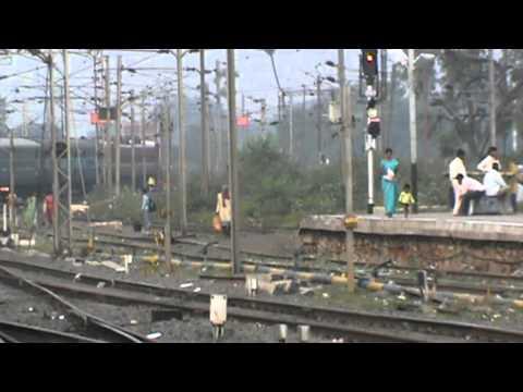Departing from Gaya Junction and snaking through points: Amritsar- Sealdah Express