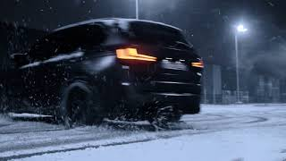 750 HP X5M IN SNOW
