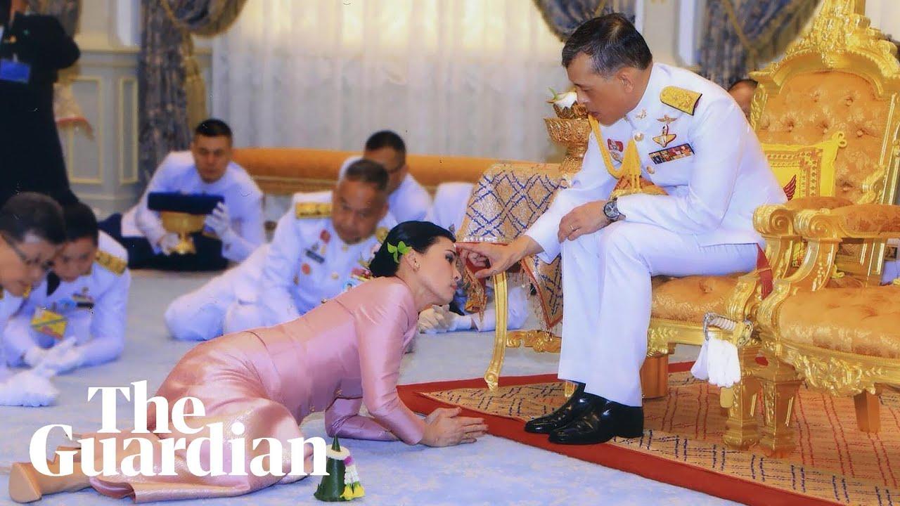 Thai King Marries Bodyguard In Elaborate Ceremony