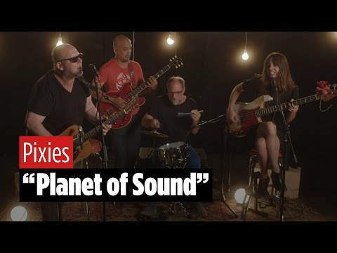 "Pixies Perform ""Planet of Sound"""