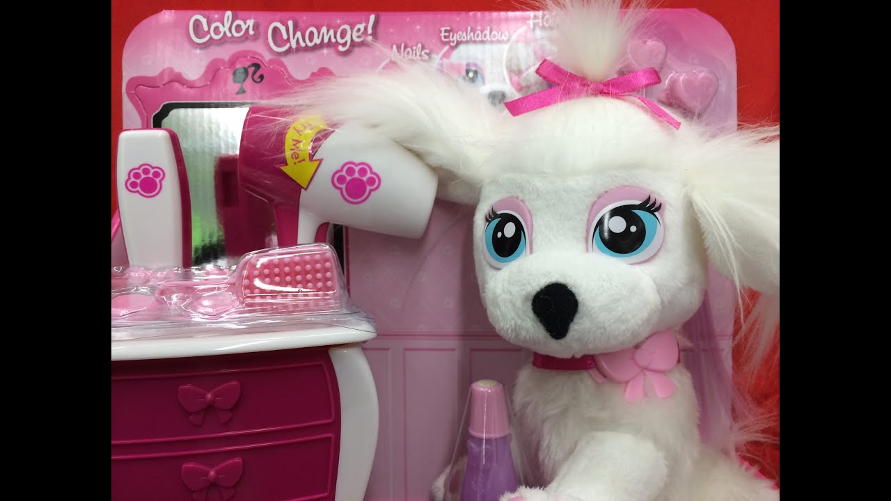 Barbie pamper paws doll salon with lots of accessories for 4 paws pet salon