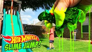 Hot Wheels Cars SLIME Jump Challenge for Shark Week - Hot Wheels Stunt by KidCity