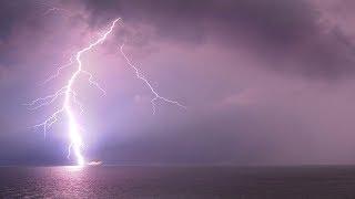 Dự báo thời tiết 11/7 : Xuất hiện vùng áp thấp trên biển Đông