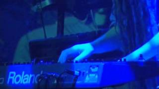 Ozric Tentacles • Live At The Pongmasters Ball (2002)