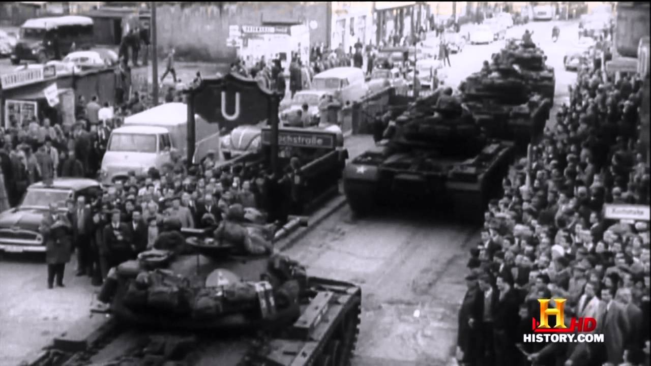 cause of the berlin crisis The berlin crisis of 1961 (german: berlin-krise) occurred between 4 june – 9 november 1961, and was the last major politico-military european incident of the cold.
