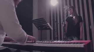 Ciclos de Piano en Unplugged / #6 Ribbon in the sky - Cover
