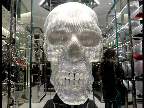 5 million dirhams philipp plein diamond skull statue