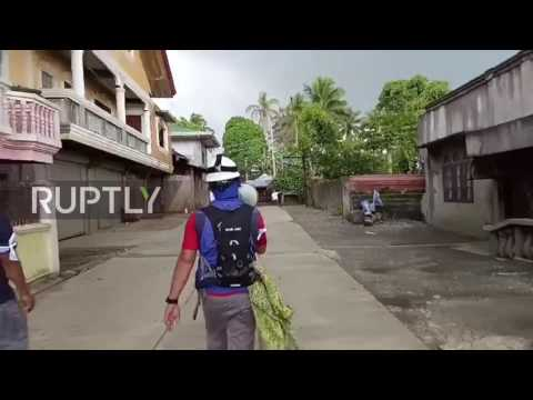 Philippines: 'Suicide squad' risk lives to evacuate ISIS-besieged Marawi