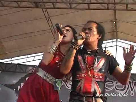 Monata Live Setro 2014   Rena KDI feat Shodik   Isyarat Cinta