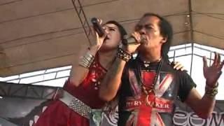 Download lagu Monata Live Setro 2014   Rena KDI feat Shodik   Isyarat Cinta