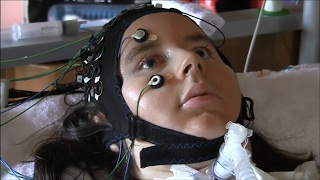 Brain-computer interface allows completely locked-in people to communicate thumbnail