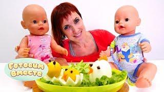 Маша Капуки и Беби Бон готовят яичных цыплят