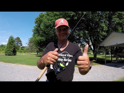 Crappie Fishing - Testing Out My New Reel And Rod!