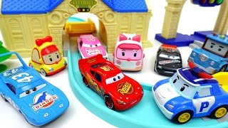 Robocar Poli Auto Poli Deluxe Playset Run Track with Disney Cars!