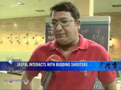 Marks for Sports: Jaspal interacts with budding shooters