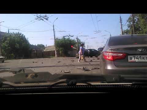 Бизнес вумен автоаварии клипы смотреть