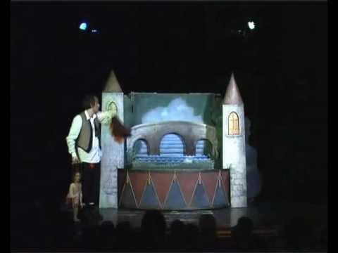 Divadlo Elf - KOCOUR V BOTÁCH