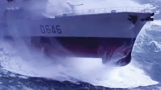 Ships in Storms Video Compilation - Extreme Waves