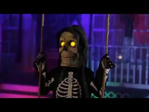 Download Spooky Scary Skeletons (Spirit Halloween Music Video)