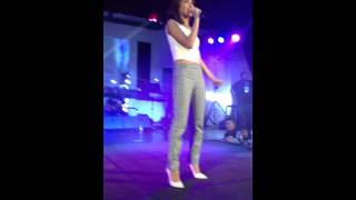 Price tag- Kathryn Bernardo Live @ UB Gym (Daniel Padilla Road Tour)