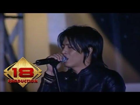 PETERPAN - Langit Tak Mendengar - MASIH INGAT Gaya Rambut ARIEL - ( Konser Cianjur 15 Maret 2008)