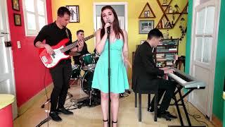 Download Video Riptide Vance Joy Jazz & Bossa Cover ft Patricia Martinez That 20's MP3 3GP MP4