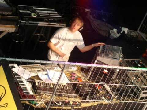 Arkanoid - Mix @ Acid Attack 28.05.2011 The Zoo Belgium