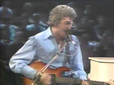 Carl Perkins, George Harrison, Eric Clapton - Medley - 9/9/1985 - Capitol Theatre (Official)
