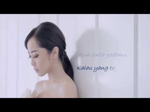 Karina Salim  - Sesuka Hati (lyric)