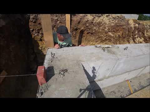 укладка бетонных блоков фбс в фундамент+армопояс.