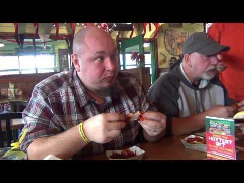 HOT FOOD CHALLENGE - Quaker Steak & Lube