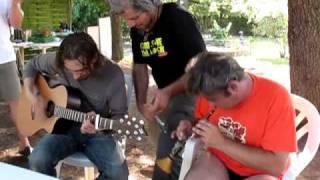 """Mask Ha Gazh - Luc, Tof et Jeremy """"Mil Douar"""""""