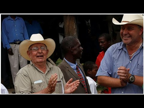 Box TV - White Zimbabwe farmers get back land seized by robert mugabe rules
